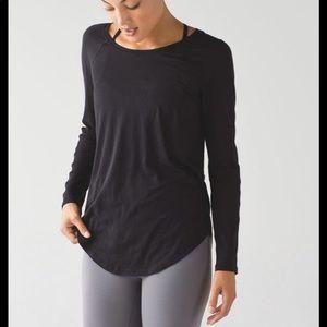 Lululemon long sleeve t-shirt rounded hem